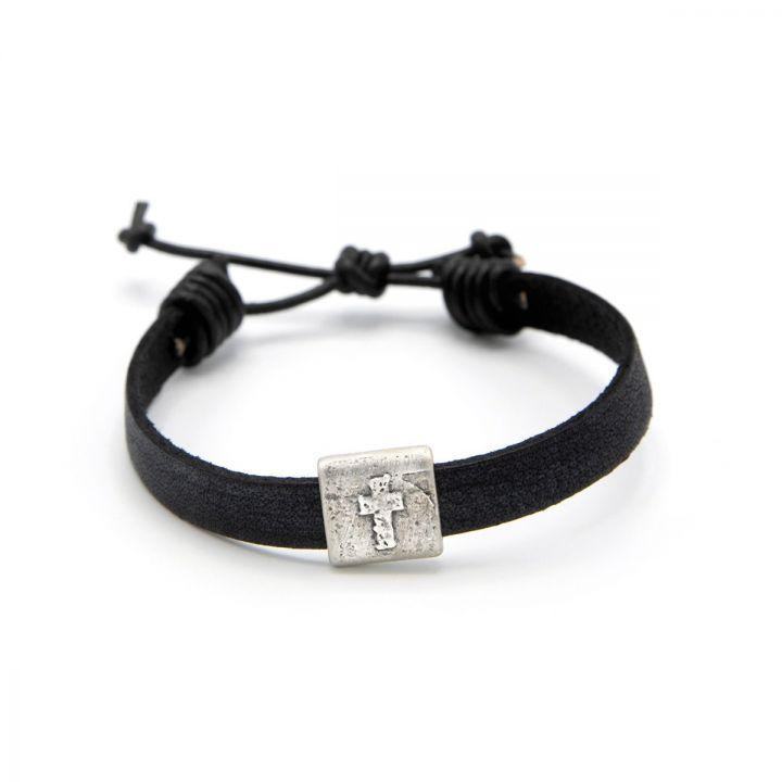 Equitable Cross Bracelet [Black]