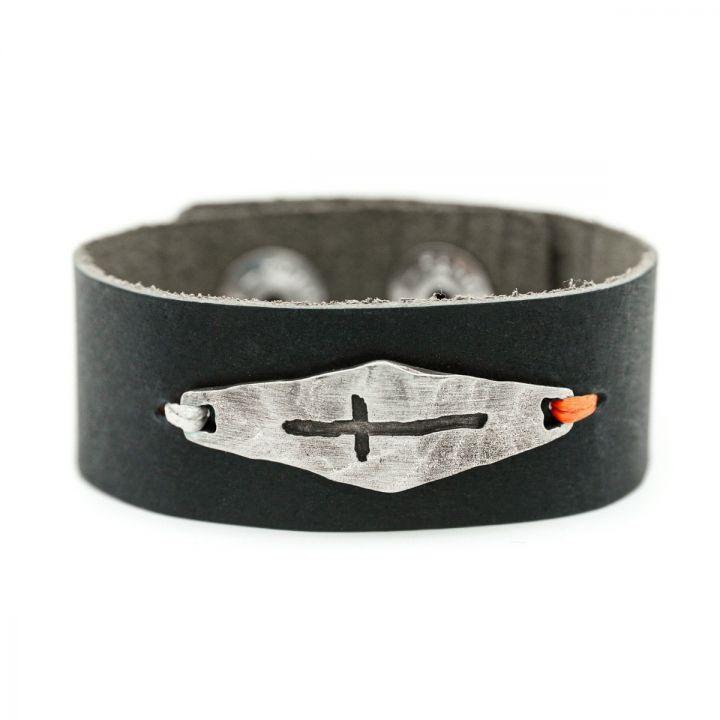 Identity Cross Leather Cuff [Black]
