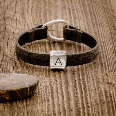 Advance Bracelet [Black]