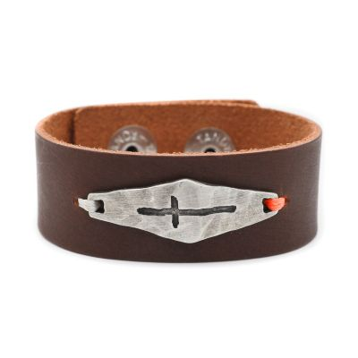 Identity Cross Leather Cuff [Brown]