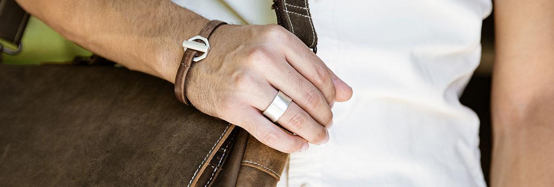 Valor Wide Ring